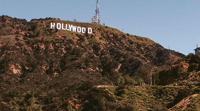 hike to the hollywood sign from griffith observatory
